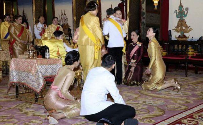 پادشاه تایلند همسرچهارمش را بهقرنطینه آلمان برد