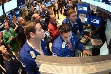 افت شاخص بازار سهام دنیا به خاطر منازعه چین و آمریکا بر سر منشاء کرونا