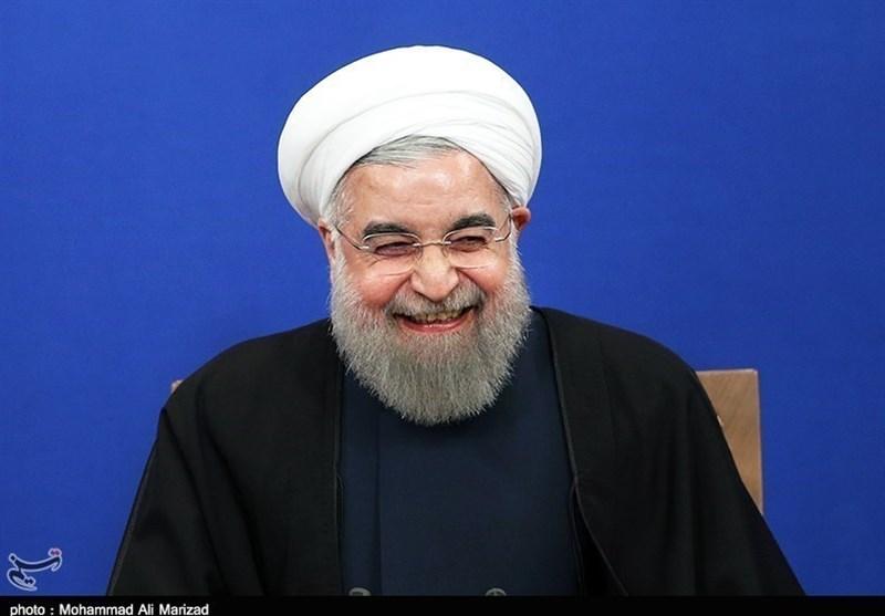 بازی دوباره آقای رئیس با اعصاب سهامداران بورس/ کتابهای فارسی دبستان اصلاح میشود، «سقوط» هم معنی «اوج»!