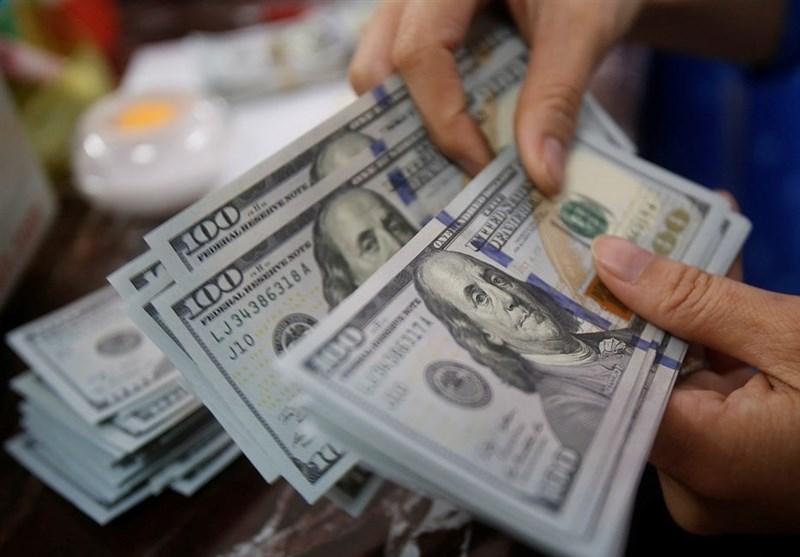 مسافران در فرودگاه باید ارز همراه خود را به سامانه گمرک اعلام کنند
