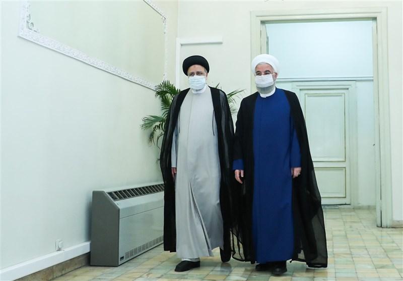 «میراث دولت روحانی برای رئیسی»/ نقدینگی ۳۶۰۰ هزار میلیاردی و تورم ۵۲ درصدی، مصیبت بزرگ دولت سیزدهم